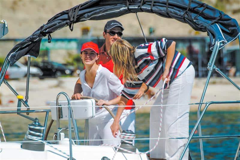 czarter jachtu ze skipperem