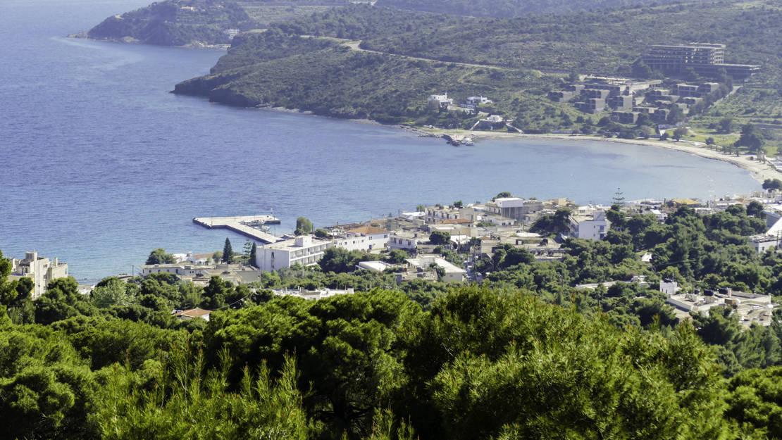 Zatoka i port Aghia Marina na wyspie Aegina