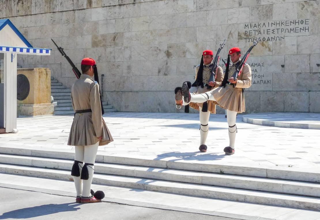 Zmiana warty w Atenach