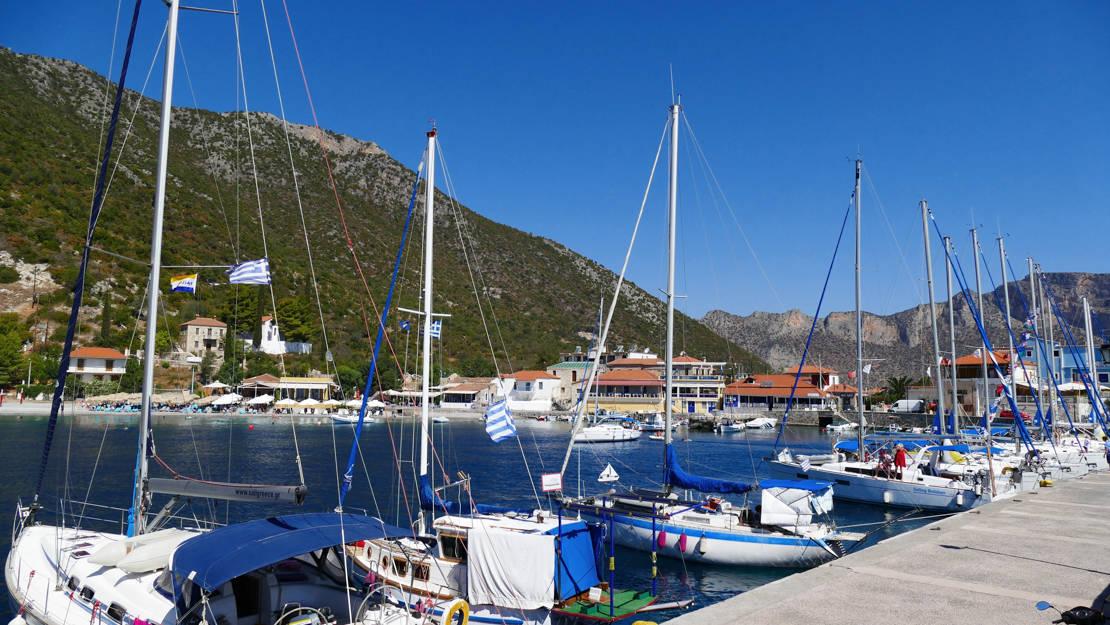 Port Plaka Leonidio