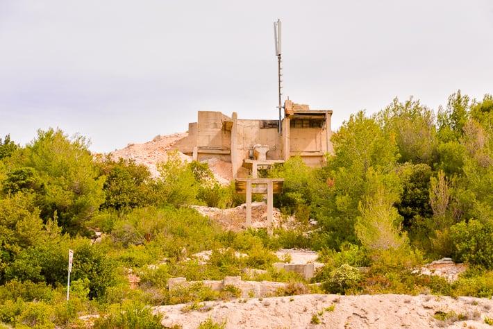 wyspa vis - militaria