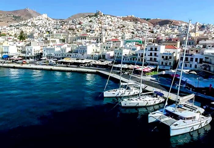 Keja jachtowa w Ermoupoli Syros