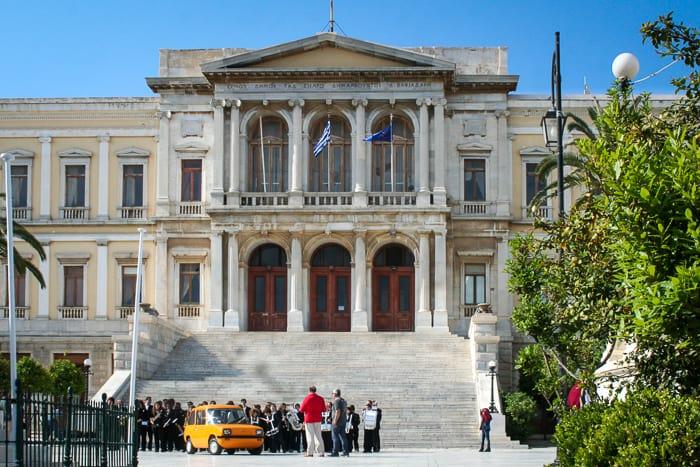Ratusz Ermoupoli na wyspie Syros