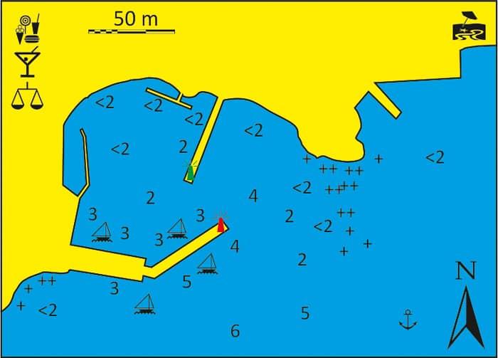 Port Finikas na wyspie Siros