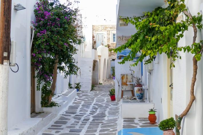 Uliczki w Naoussa na Paros