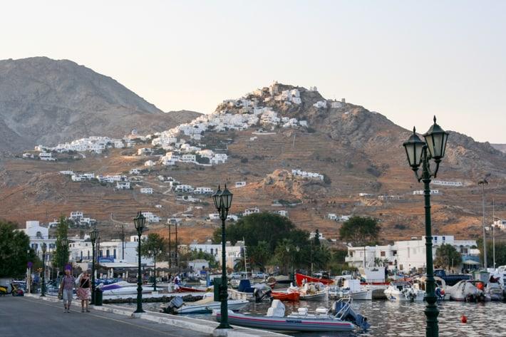 widok na Chorę z portu