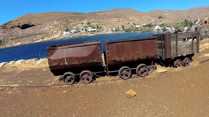 wagoniki z kopalnii mega livadhi