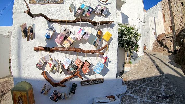 bibliotreka na ulicy Kimolos