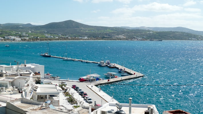Port w Adamas na Milos