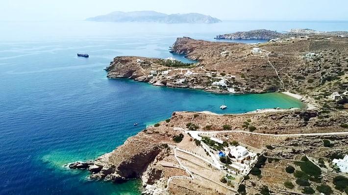 Zatoka Kolitzani na Ios