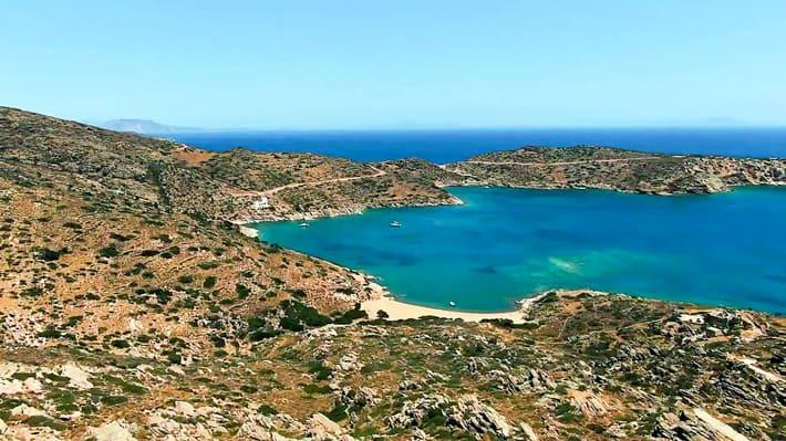 Zatoka Tris Klises na Ios