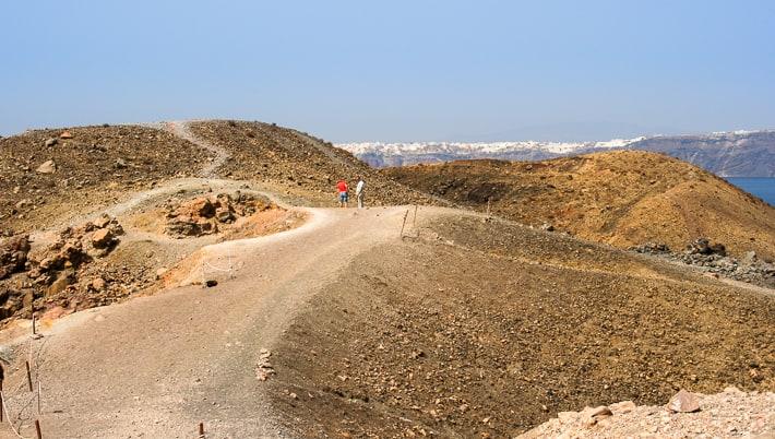 Nea Kameni szlaki na wyspie wokół wulkanu